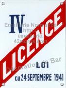14-1. Plaque émaillée (15x18cm) Licence I à IV