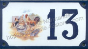Numéro de rue décoré émaillé : Coq et poules