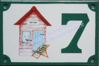 Numéro de rue décoré émaillé : Cabine de plage 2