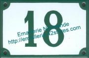 plaque emaillee numero de rue fond blanc