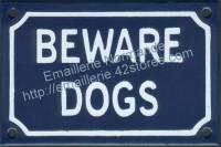 Plaque émaillée (10x15cm) Beware dogs