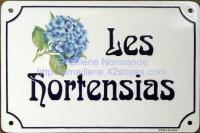 Plaque de villa emaillee 20x30 hortensia écriture AR